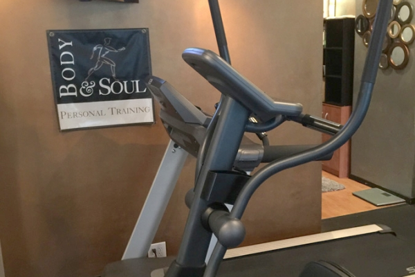 Fitness Studio, Body & Soul Personal Training, Health Consultants, Personal Trainers in Louisville, Body & Soul, Personal Training, Bruce Miller, individualized assessments, one-on-one training, couples' training, group sessions, in-home training, on-site corporate training, fitness package, Louisville A-List, Louisville KY